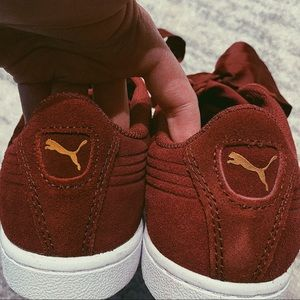 Puma Shoes - 👟 PUMA sneakers bow shoes burgundy purple red